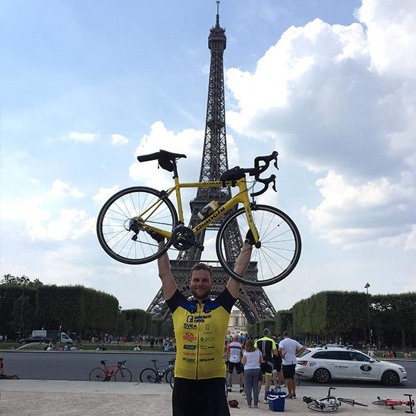 Julian var på Team Rynkeby sommeren 2018, hvor han kørte til Paris på cykel fra København af.