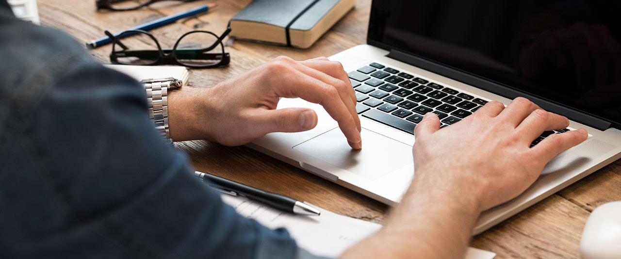 Vi arbejder med hardcore kodning og statistisk analyse når vi laver SEO på en Magento webshop